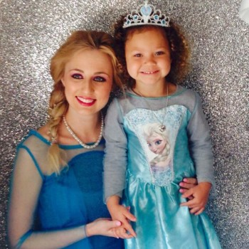 Childrens Entertainers Princess Elsa Frozen Party