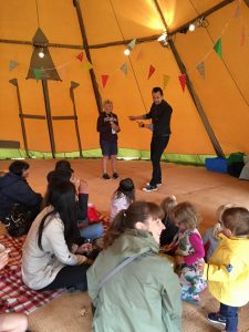 Party magicians children's entertainer performs in Tipi